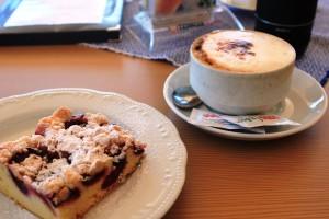 Similaunhütte (3019m): Leckerer Kaffee und Kuchen